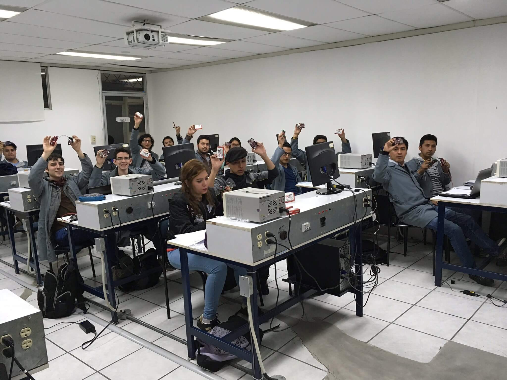 Connected MCU Lab Workshop at University of Azuay, Ecuador, September 2017