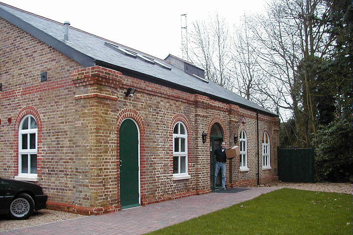 Building the Hertbeat fm studios at the Pump House, Knebworth Park, Hertfordshire, UK (2001)
