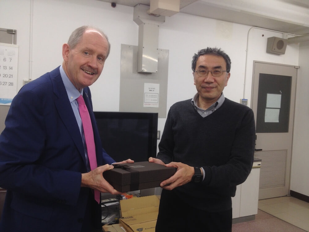 Prof Amano of Keio University, Tokyo, with Robert Owen, April 2016